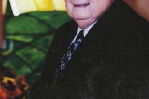 Longtime pastor, RN, top citizen, 83, dies Tuesday