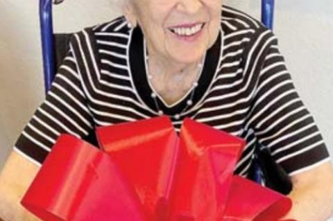 Philanthropist Dorma Hobbs dies at age 91