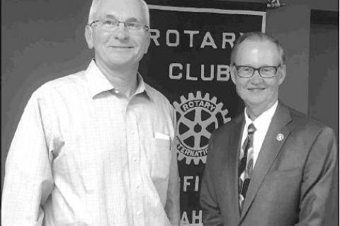 ROTARY SPEAKER Bob Blackburn, right, executive director of the Oklahoma Historical Society, with Oklahoma State Senator and Kingfisher Rotarian Darcy Jech.             [KT&FP Staff Photo]